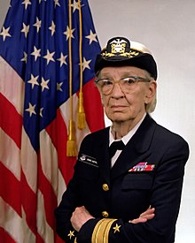 220px-commodore_grace_m-_hopper2c_usn_28covered29