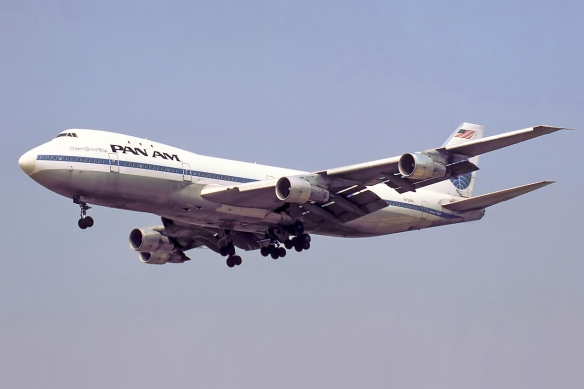pan_am_boeing_747-121_n732pa_bidini
